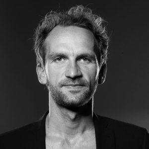 Drehbuchautor und Regisseur Michael Schwarz von Nachtschwärmerfilm ist Jurymitglied beim screening der video/film tage